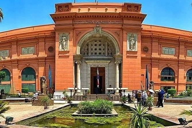Private Tour to Pyramids, The Egyptian Museum and Khan Khalili Bazaar