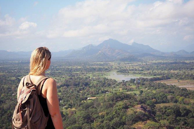 Dambulla, Sigiriya, Minneriya Day Tour