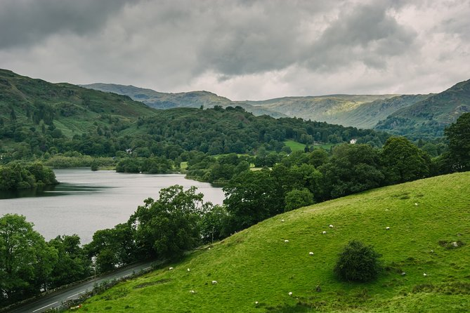 Private Tour: Lake District from Leeds in 16 Seater Minibus