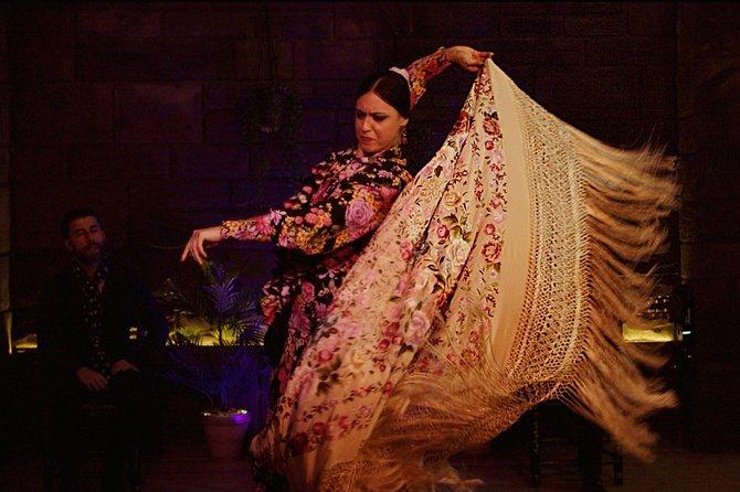 Tablao Flamenco Triana show with drink