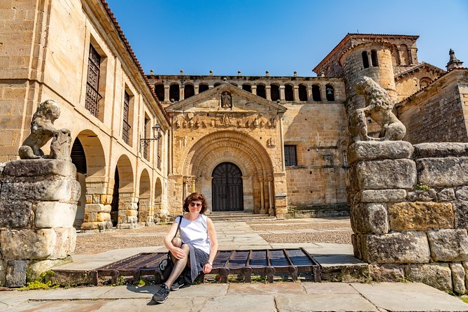 The Best of Santillana Walking Tour