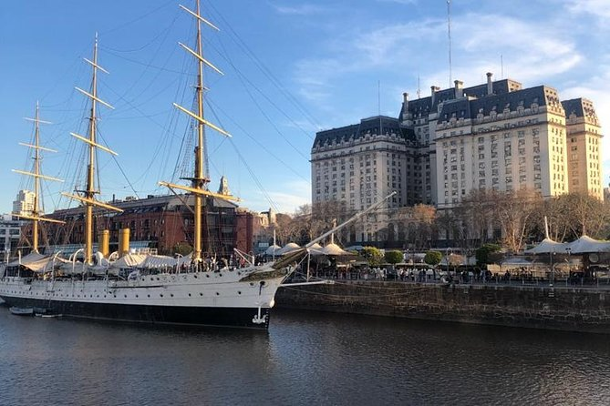 Buenos Aires Private Half Day Tour with Car or Van