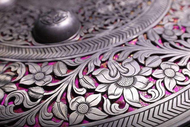 Private Dhaal and Talwar Engraving Workshop in Jodhpur