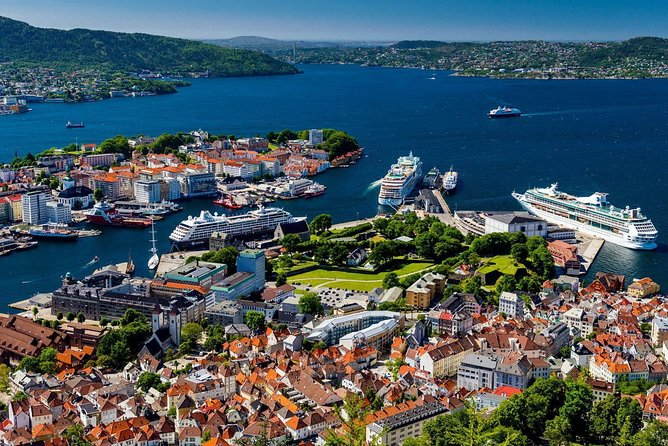 Bergen city overview private walking tour
