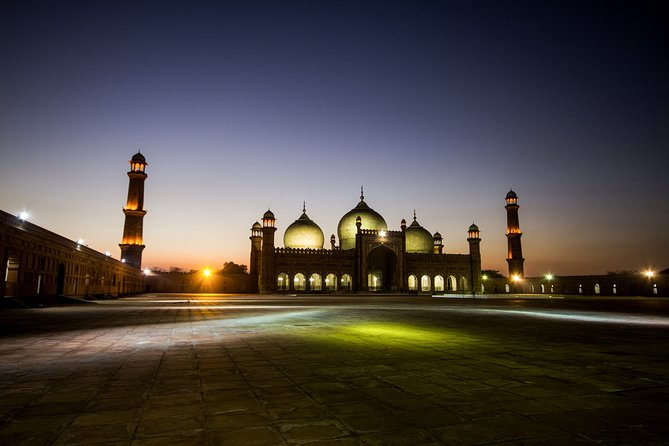 Private Tour: Lahore Full Day Customized Guided Trip