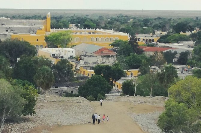 Romantic tour in Izamal