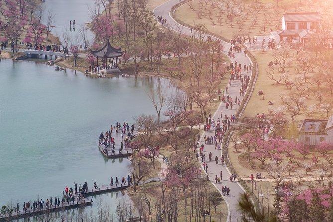 The Best of Zhangjiaggang Walking Tour