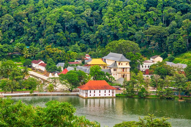 Cultural Day Tour to Kandy