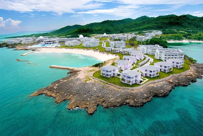 Private Transfer from Runaway Bay to Jamaica (MBJ) Airport