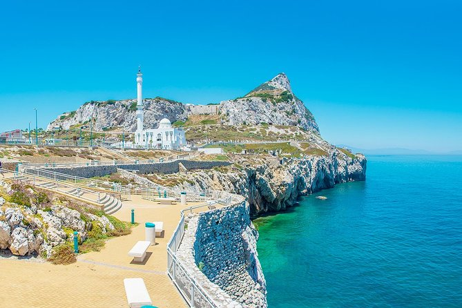 Gibraltar Panoramic tour including Breathtaking Views, Monkeys, Caves & Tunnels