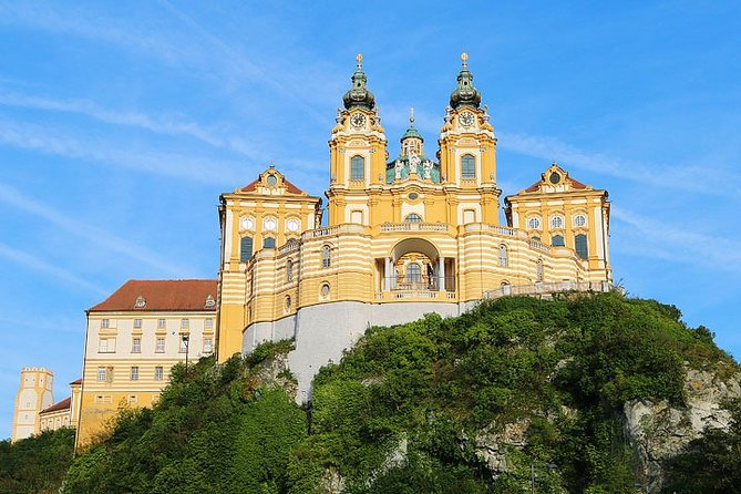 2 days Vienna - Wachau Valley PRIVATE guided tour package from Budapest