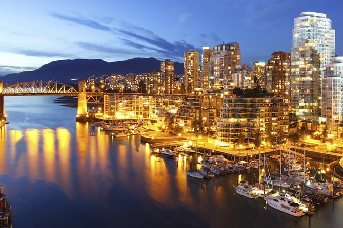 Vancouver Airport Transfers: Vancouver Airport YVR to Vancouver in Luxury Car