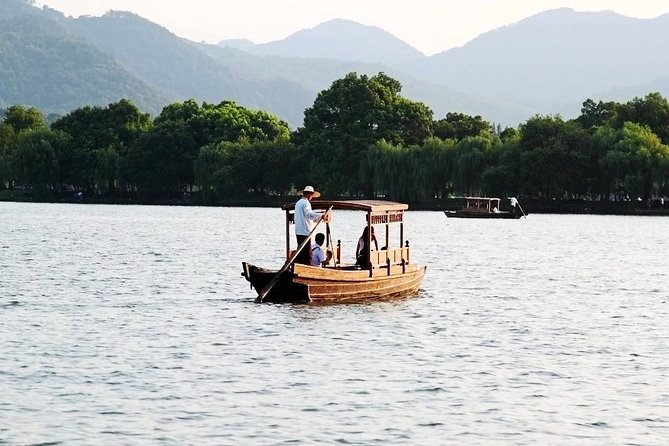 4-Hour Hangzhou City Private Customized Tour with Options