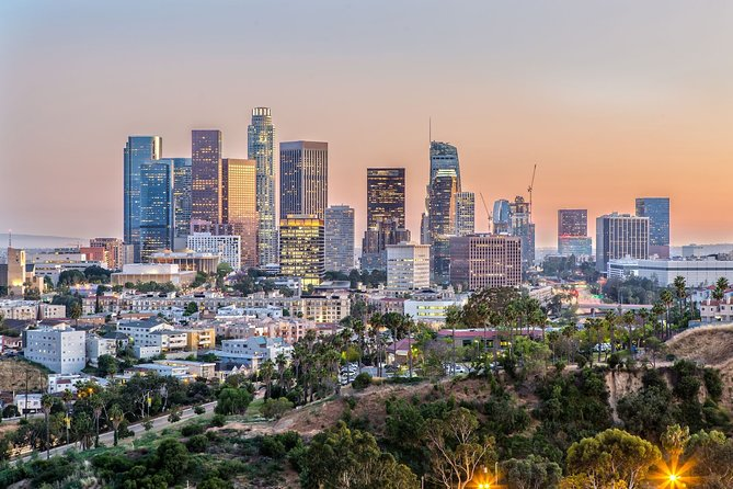 Arrival Private Transfers from Airport LAX to Los Angeles in Luxury SUV