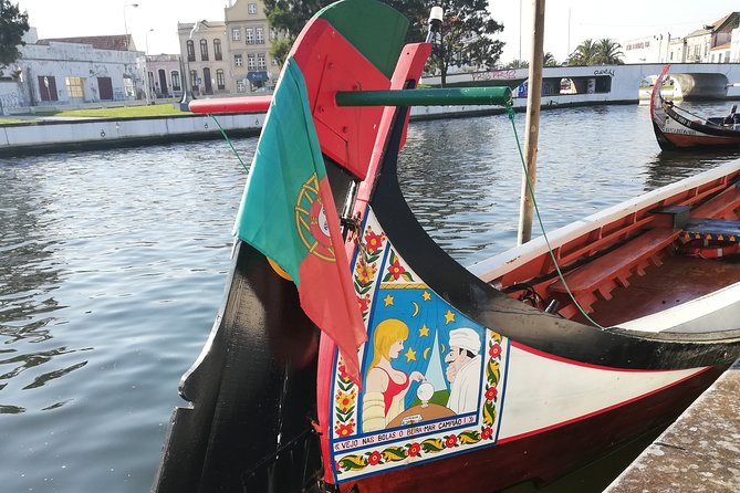 From Lisbon: Private Tour to Aveiro and Ilhavo with Drop-off in Porto