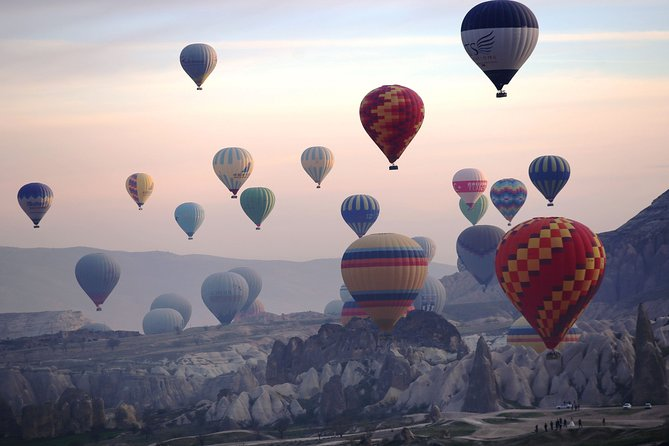 Hot Air Balloon Ride - Including Champagne, Breakfast & Hotel Pick-up / Drop-off