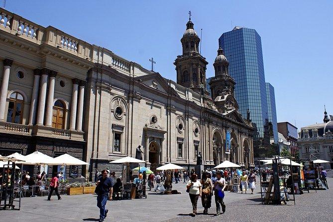 Santiago like a Local