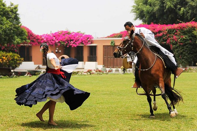 #1 Dancing Horse Show - Lunch Buffet & Pachacamac Inca Remains (Small Group)