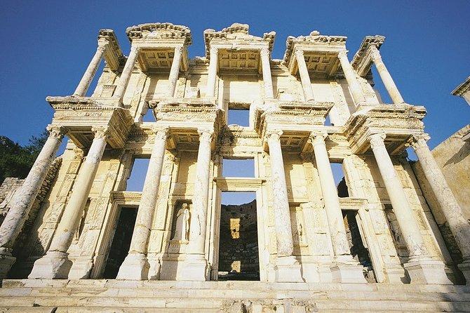 Private Transfers İzmir City Adnan Menderes Apt to/from Selçuk, Ephesus, Şirince