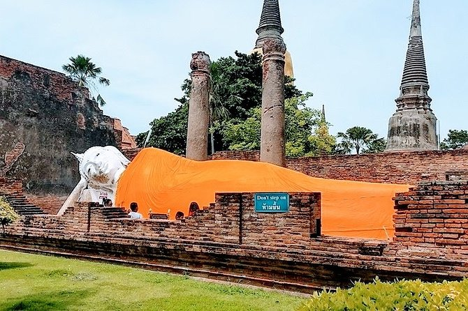 Ayutthaya Historical Park Guided Private Group Tour