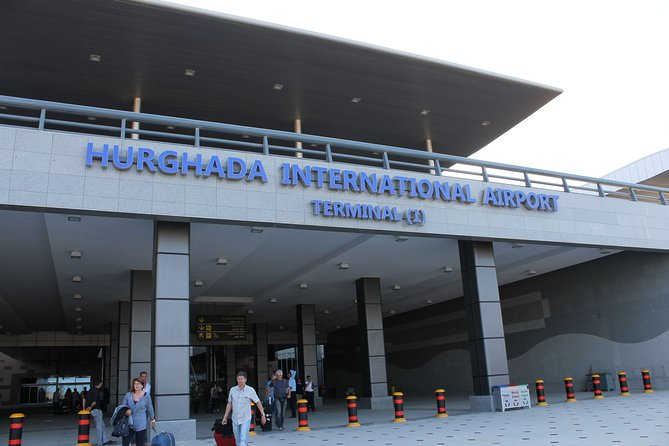 Hurghada Airport to Soma Bay: Private One-Way Transfer