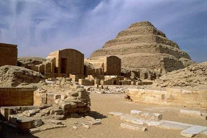 Full Day To Pyramids, Sphinx, Sakkara And Memphis From Cairo (With Lunch)
