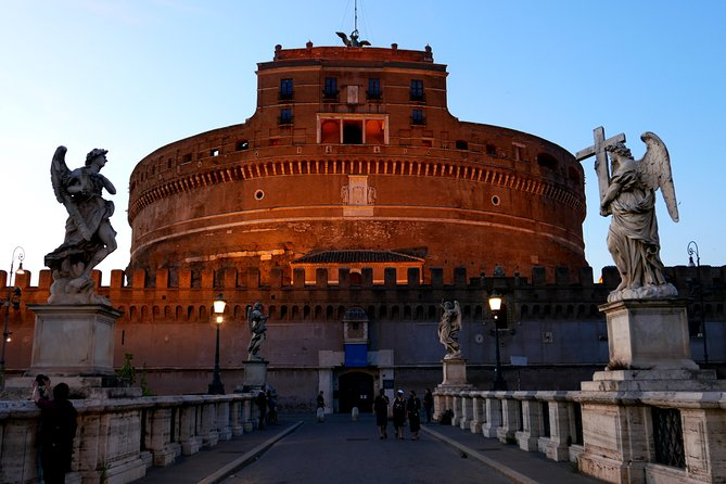 Rome: Walking City Tour in the Places of the Tosca