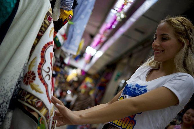 Walking Tour in the Artisan Market of Guayaquil