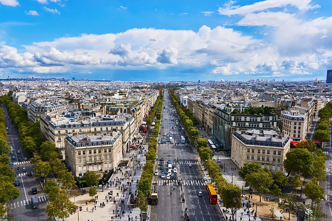 Seine River Cruise with French Dinner on Champs-Elysees Avenue