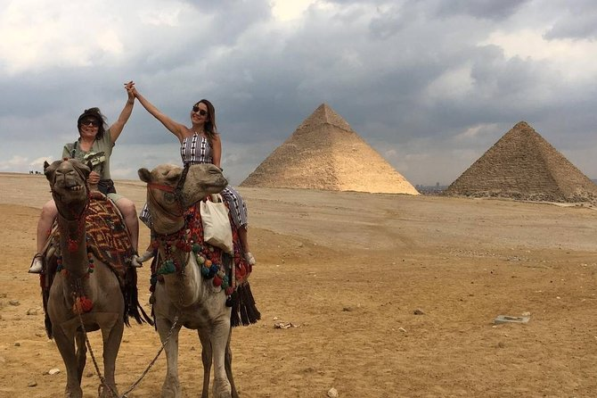 Full-Day Visit to Giza Pyramids, Sphinx, Egyptian Museum and Khan Kalili
