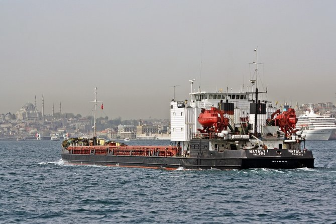 Bosphorus Cruise, Dolmabahçe Palace and 2 Continents