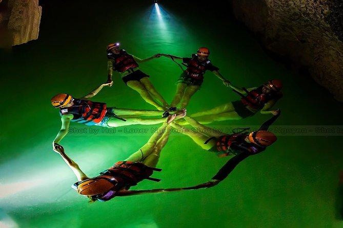 Hang Gieng Vooc 1 day Jungle Trekking