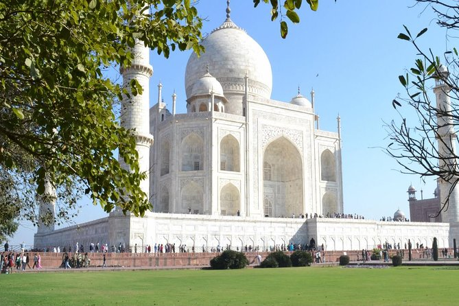 Sunrise Taj Mahal & Agra Tour From Delhi