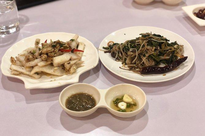 Traditional Cuisine-hopping for dinner in evening