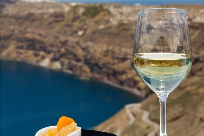 Private Wine Tour in Santorini with Tasting