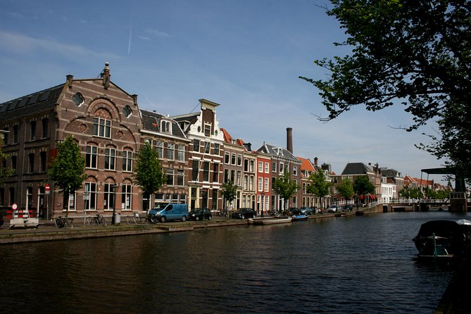 Leiden Private Tour and Canal Cruise
