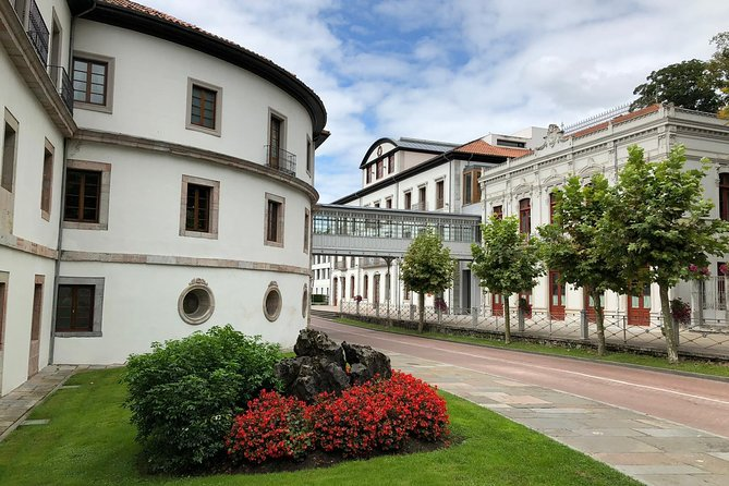 Hiking, eating and relaxing in an 18th century Spa near Oviedo