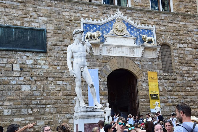 Florence: Small Group Tour of Accademia and Uffizi Galleries