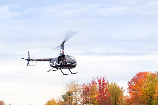 Couple's Private Hudson Valley Fall Foliage Helicopter Tour from Westchester