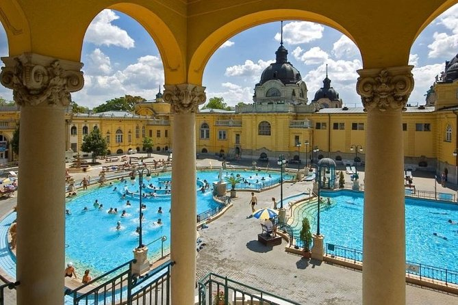 Private 4 Hours Budapest city tour and Széchenyi thermal spa relax