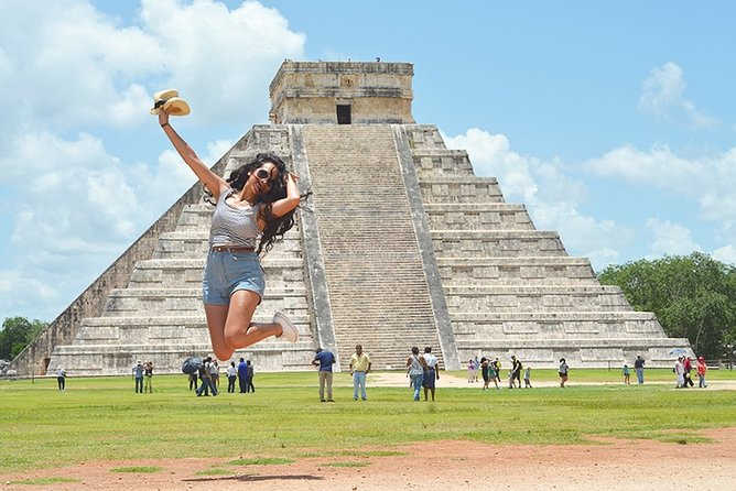 2x1 Tulum tour and Chichen Itza tour for 1 price in 2 days