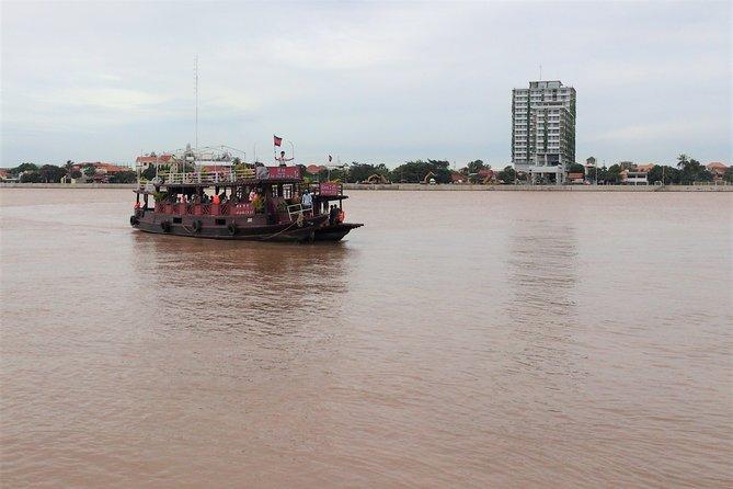 Sunset dinner cruise on Mekong River in Phnom Penh