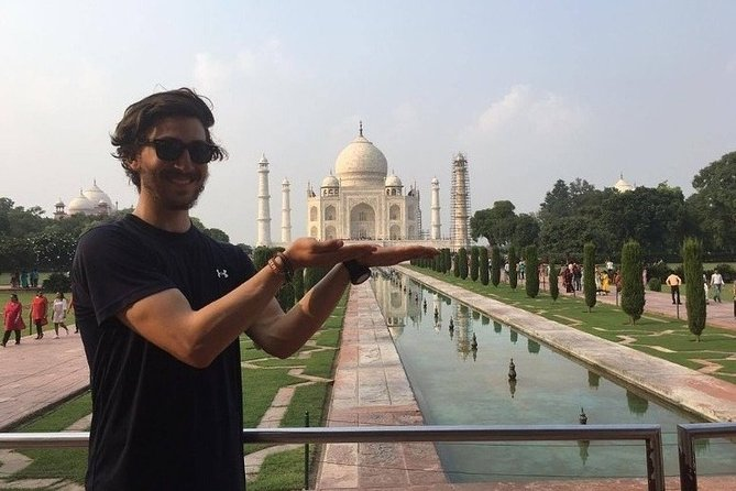 Official Tour Guide in Agra for Full Day Sightseeing