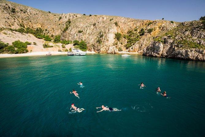 Swimming cruise - 3 beautifull beaches in one day