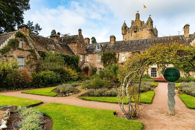Highland Whisky Tour with a visit to Inverness & Cawdor Castle from Invergordon