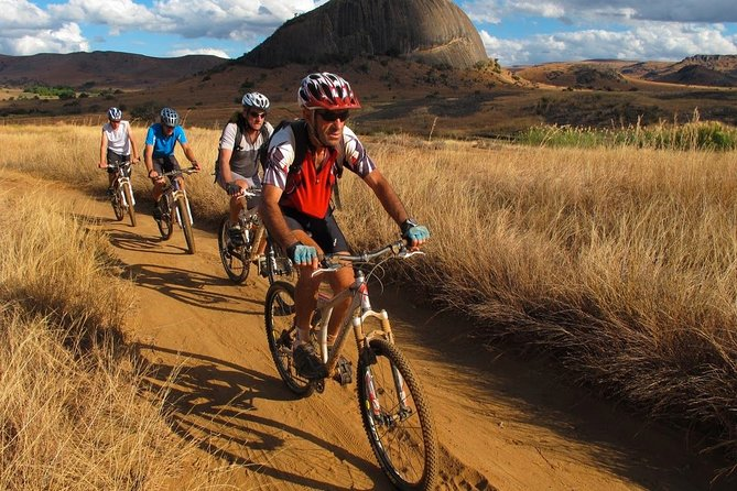 Mountain bike adventure tour in the south of Madagascar 16 days 15 nights
