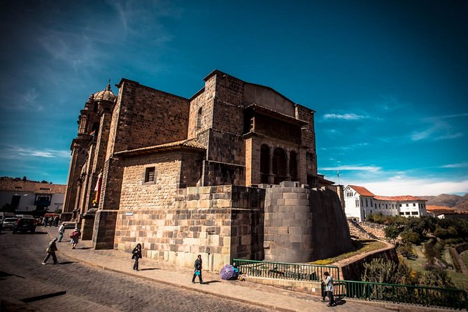 Private Walking Tour to Coricancha, Cusco Cathedral and San Pedro Local Market
