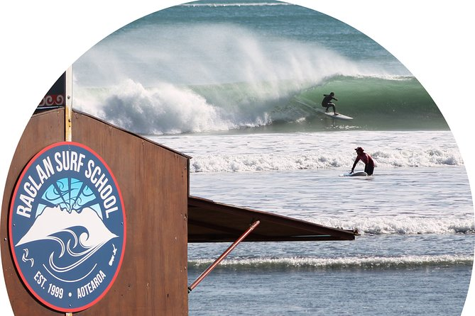 Surfing Lessons for 2 Hours in Raglan