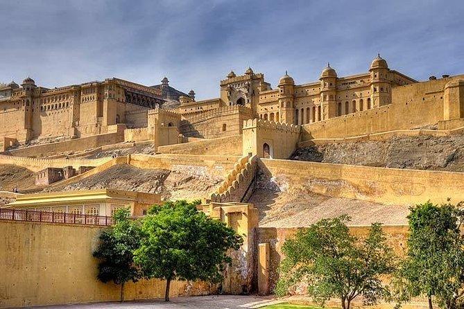 5 Days Golden Triangle Tour with Akshardham Temple(Taj Mahal Sunrise/Sunset)