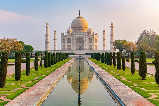 Taj Mahal Tour From Delhi by AC Car